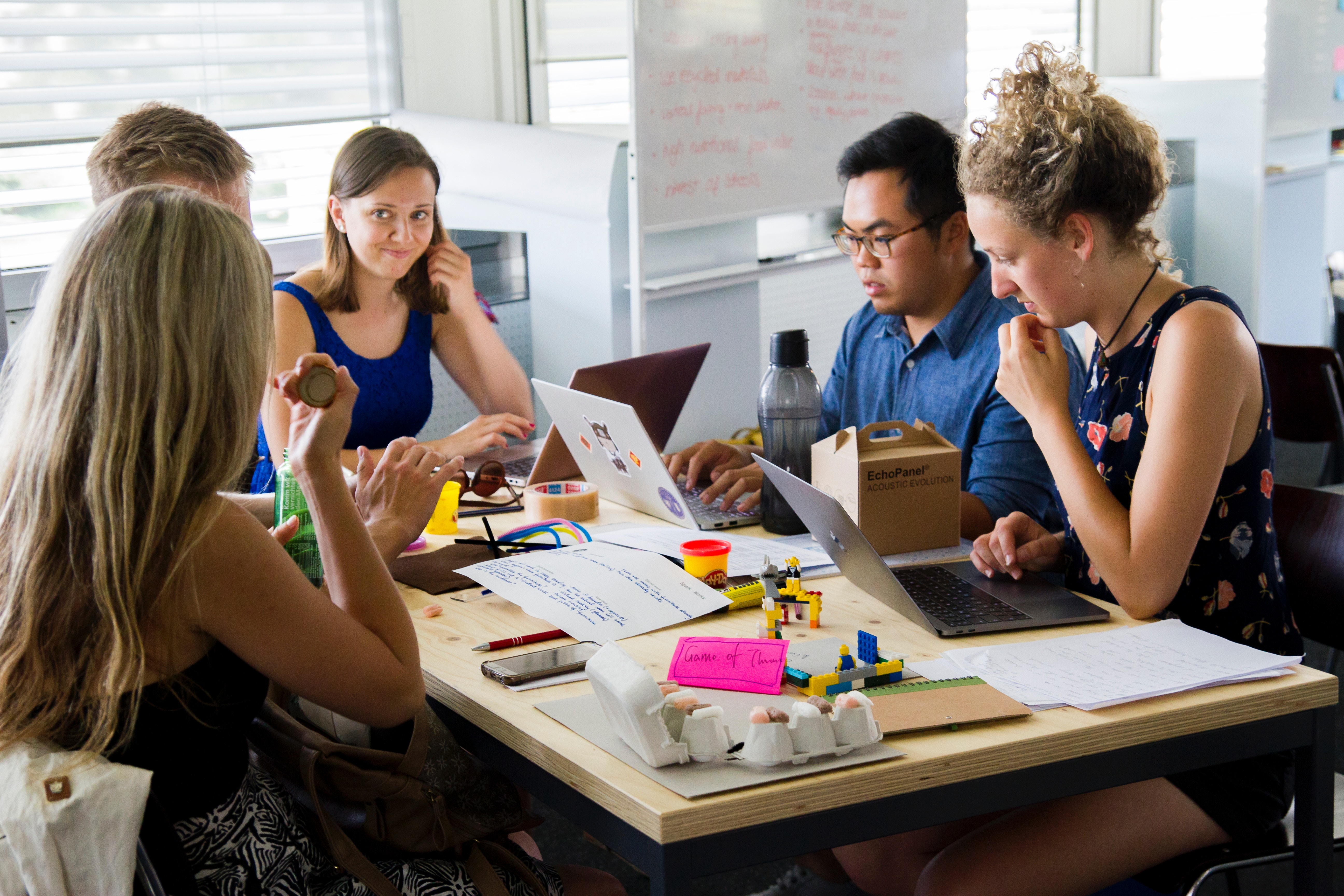 encourage collaboration in a brainstorm